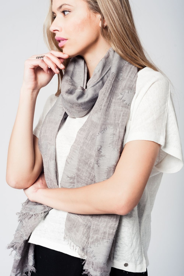 Grey lightweight printed scarf