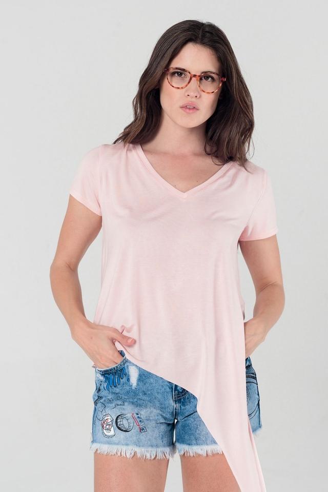 T-shirt rose assymétrique