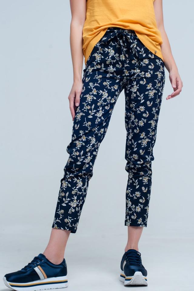 pantalon bleu Imprimé flora avec une ceinture