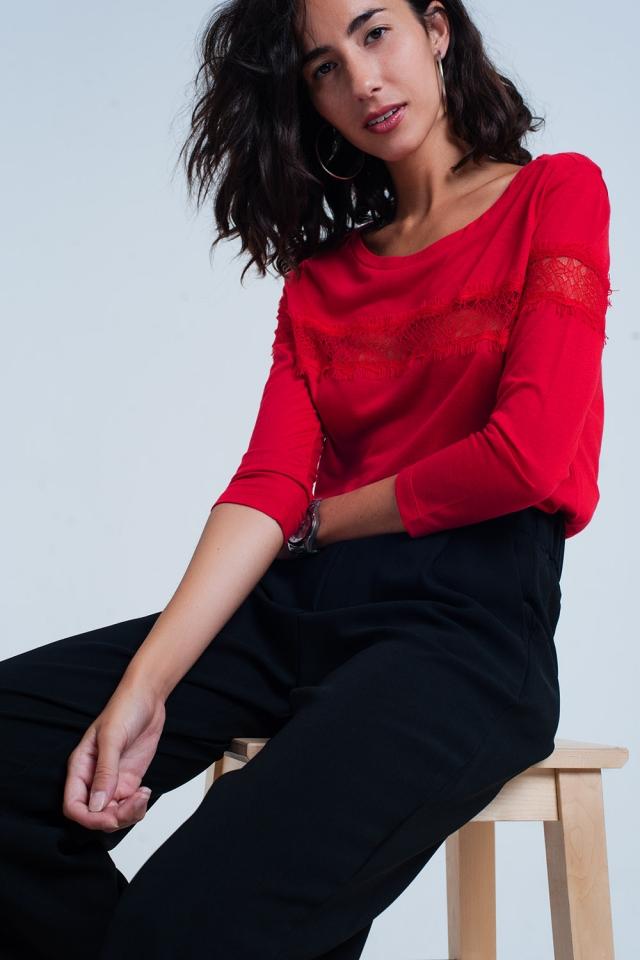 T-shirt rouge à manches 3/4 à bordure frangée