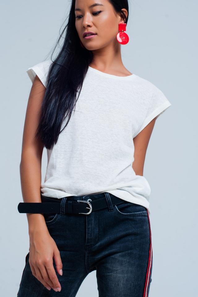 T-Shirt blanc avec encolure dégagée