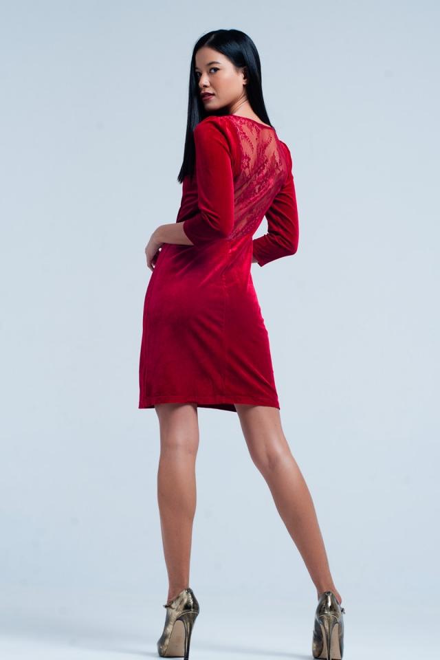 Mini robe en velours rouge avec dos ouvert
