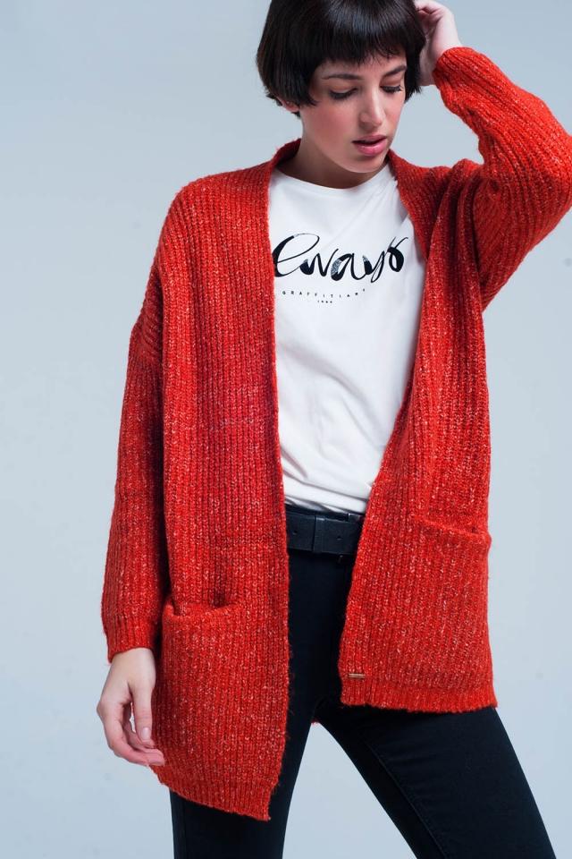 Cardigan tricoté de couleur orange