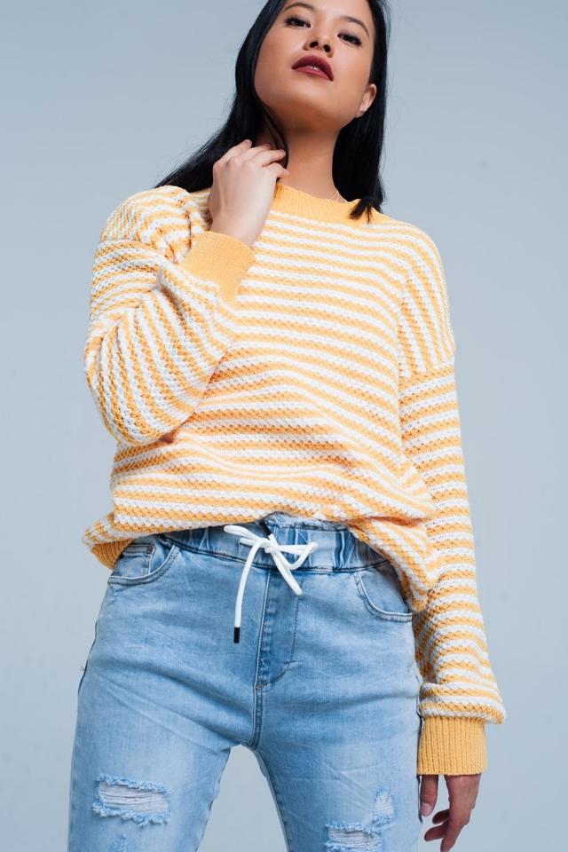 Pull tricoté rayé jaune