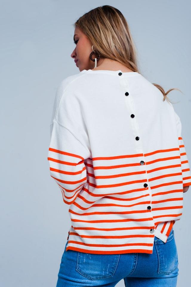 Pull léger à boutons et rayures orange