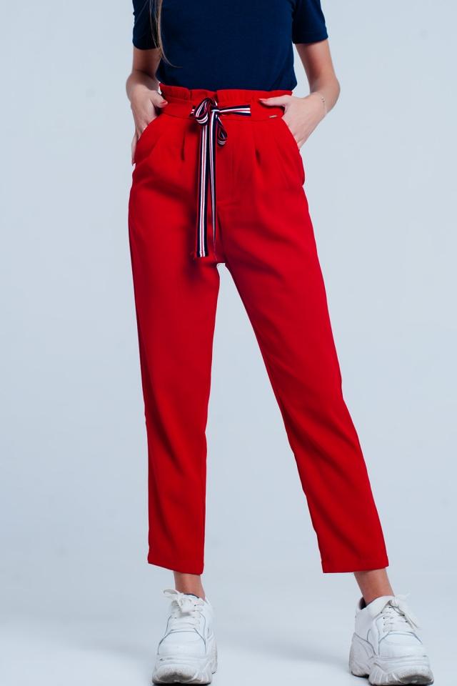 Pantalon à taille haute froncée avec liens à nouer de couleur Rouge