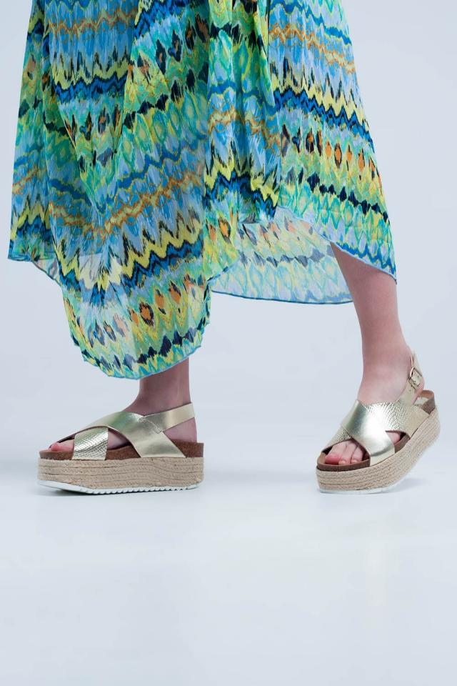 Sandales à semelle plateforme façon espadrilles d´or
