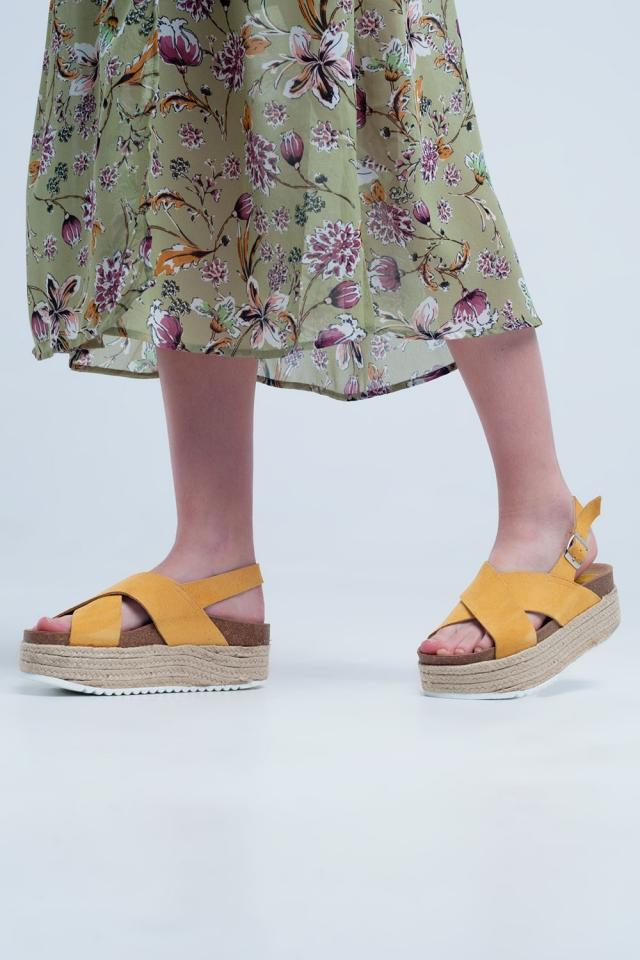 Sandales à semelle plateforme façon espadrilles ocre