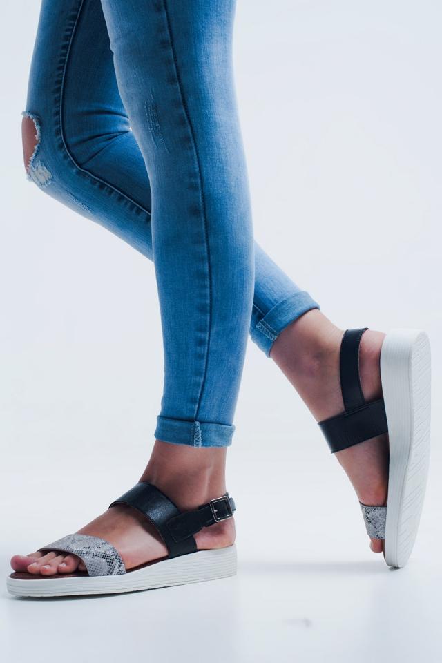 Sandale plate noir à deux lanières