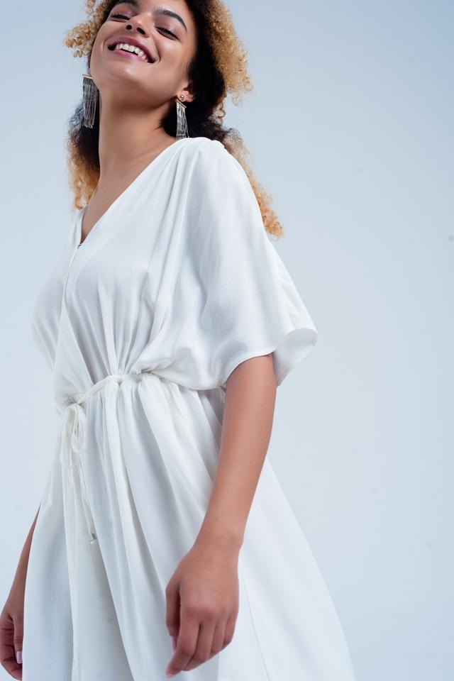 Robe mi-longue avec lien à la taille blanc
