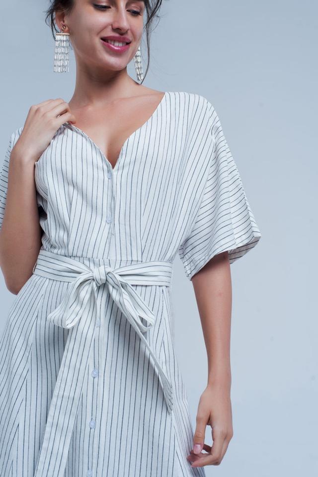 Robe mi-longue boutonnée à rayures blanc