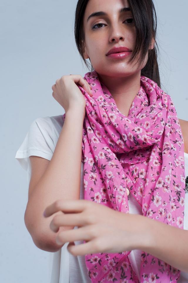 Mouchoir rose avec imprimé floral