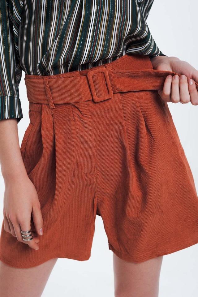 Short côtelé orange avec ceinture
