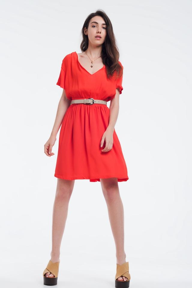 Mini robe orange avec vol et détail sur les épaules