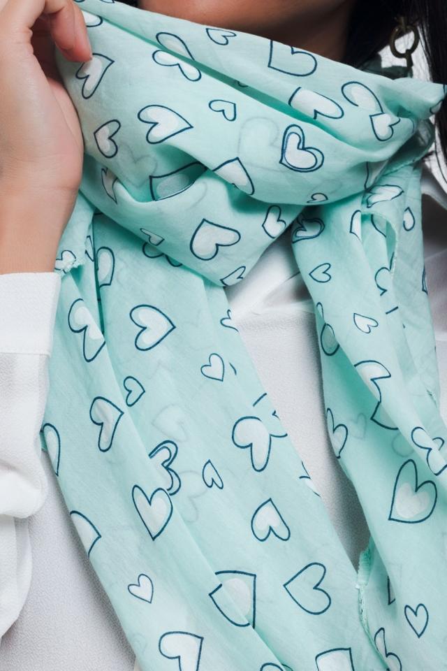 Écharpe turquoise à imprimé coeur