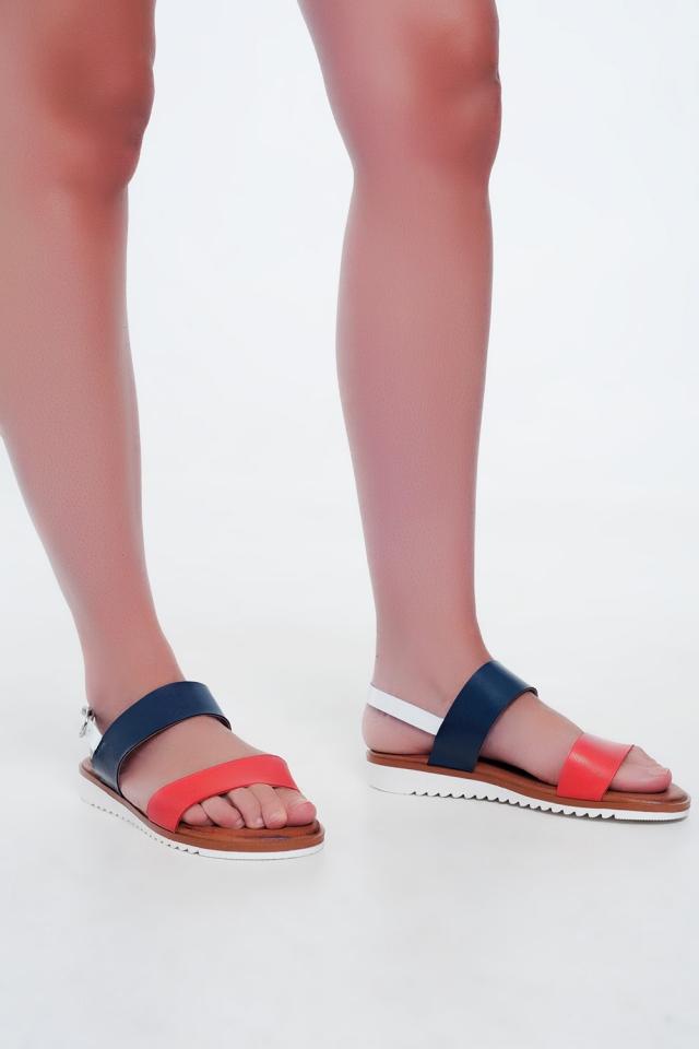 Sandales plates en cuir Rouge et bleu