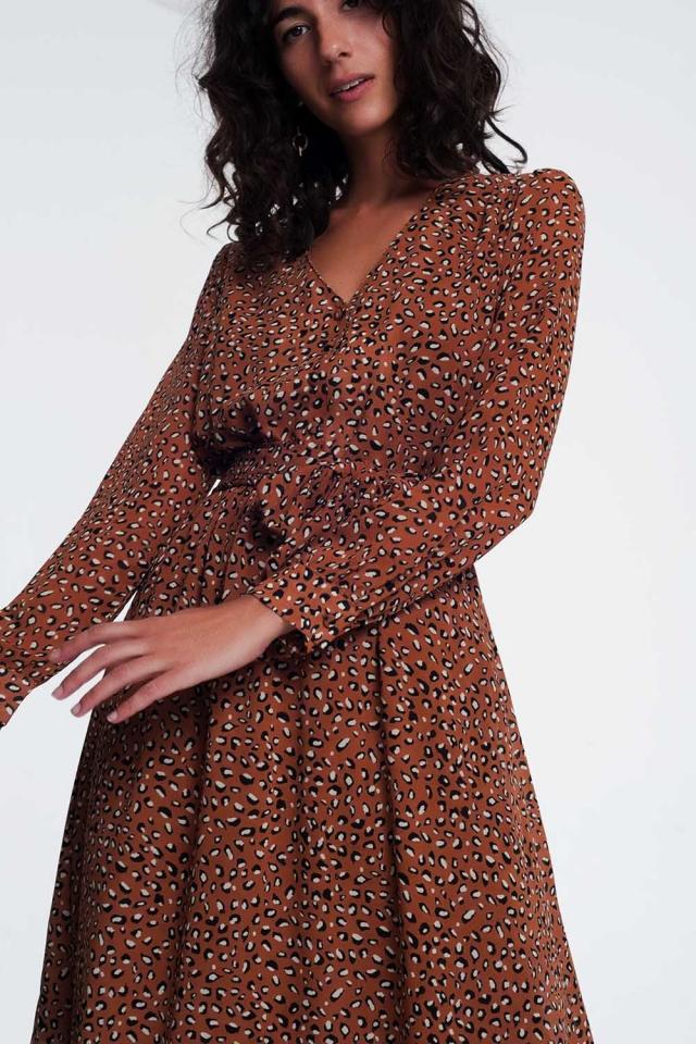 Robe mi-longue col V à imprimé léopard en marron