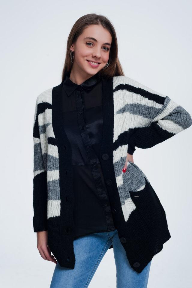 Cardigan in gray with zebra print