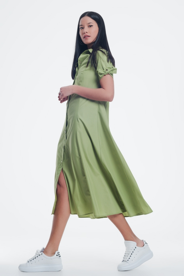 Short sleeve green dress buttoned down