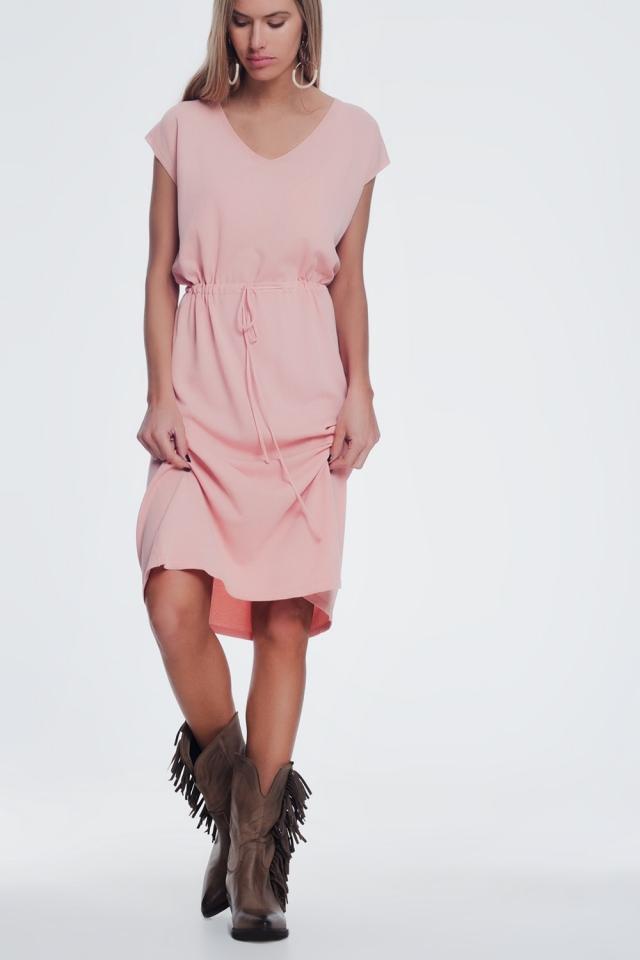 Robe t-shirt à manches courtes rose avec taille nouée