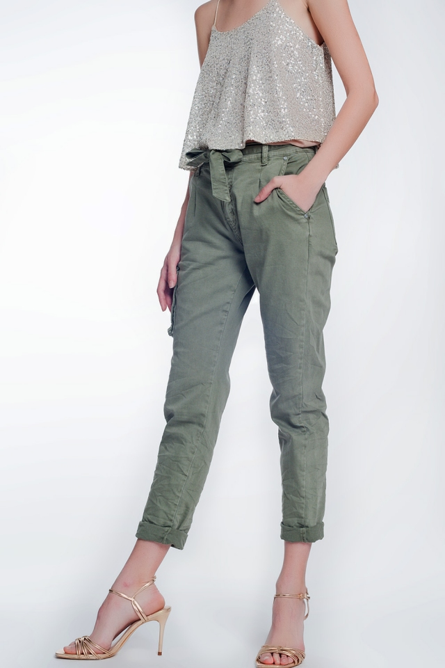 Pantalon cargo khaki à ceinture