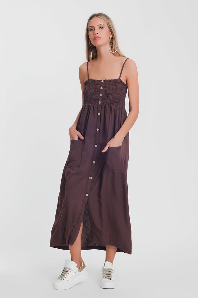Robe longue marron à corsage froncé avec poches
