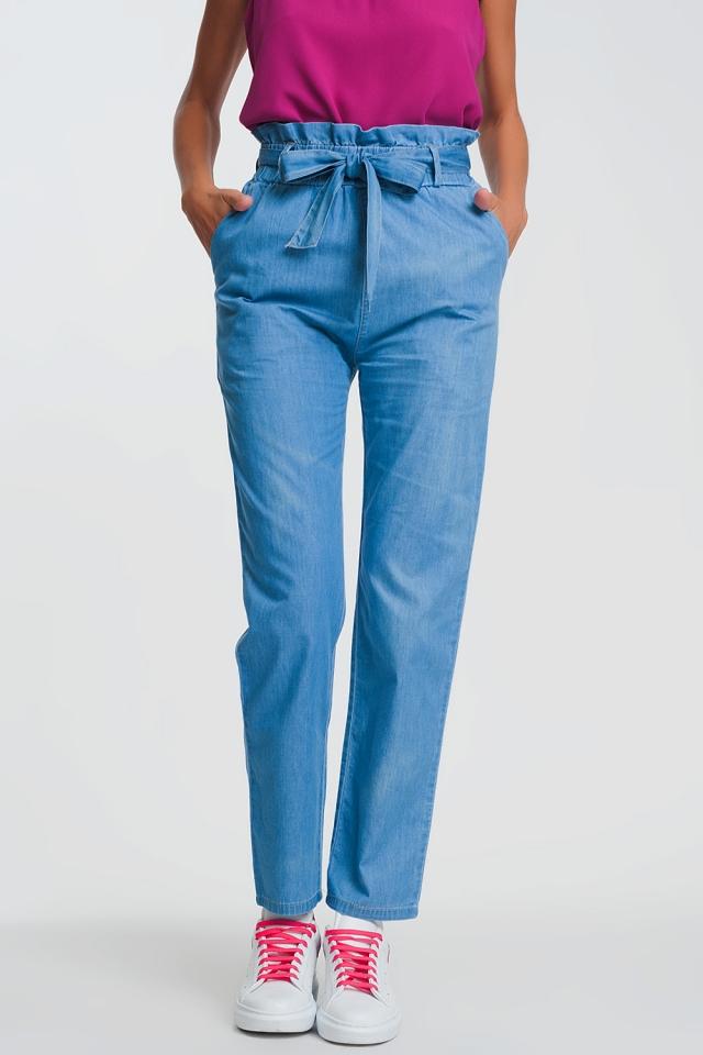 Jean léger à taille haute froncée bleu clair