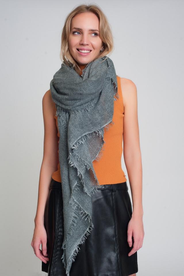 Écharpe tricotée légère en gris