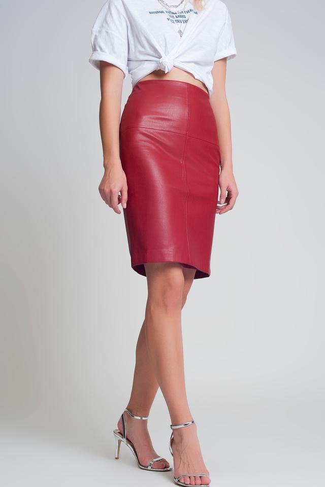 Mini jupe en cuir rouge