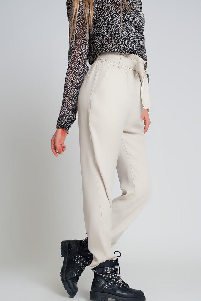 Pantalon noué à la taille beige