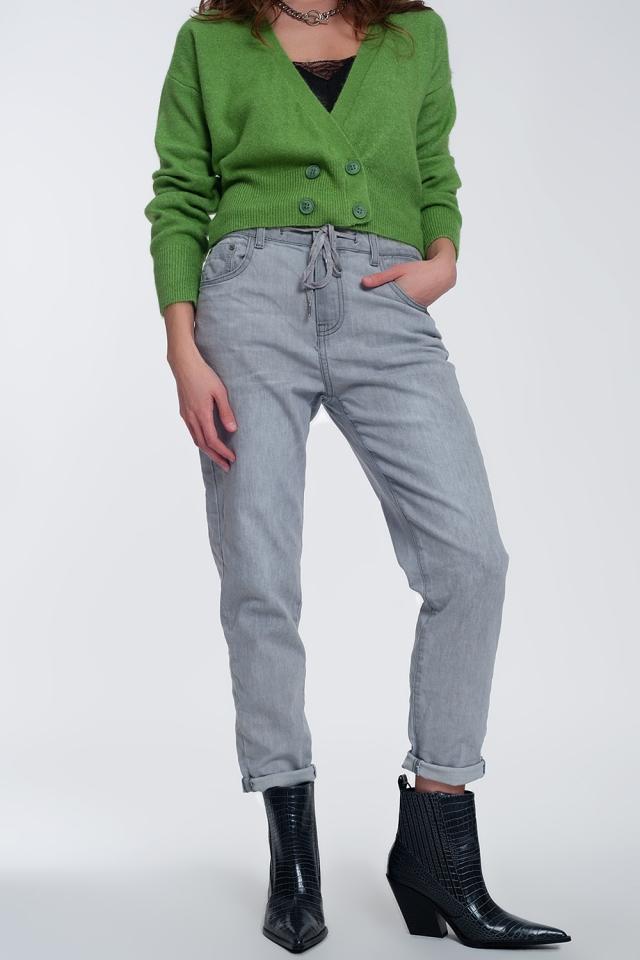 Jean léger style jogger en gris