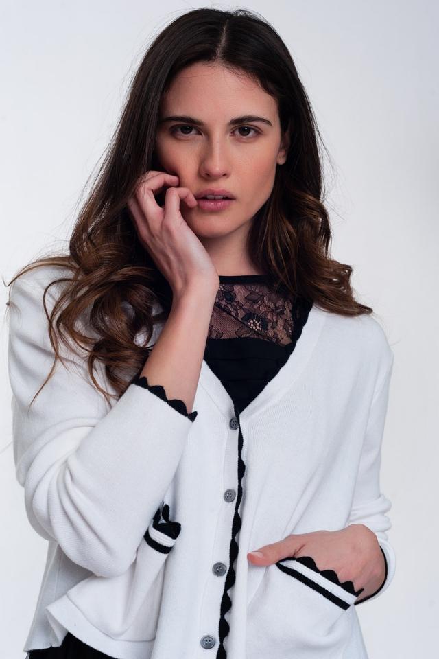 Cardigan blanc à bords contrastants