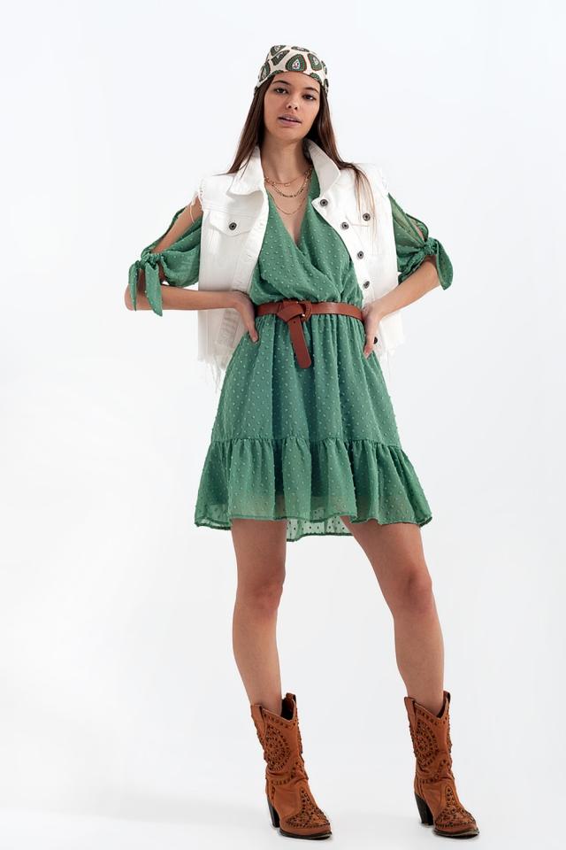 Mini-robe à manches nouées en vert