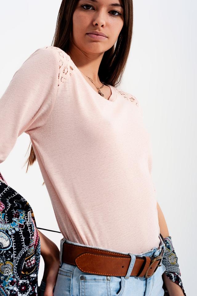 T-shirt rose uni à manches 3/4 à empiècements au crochet