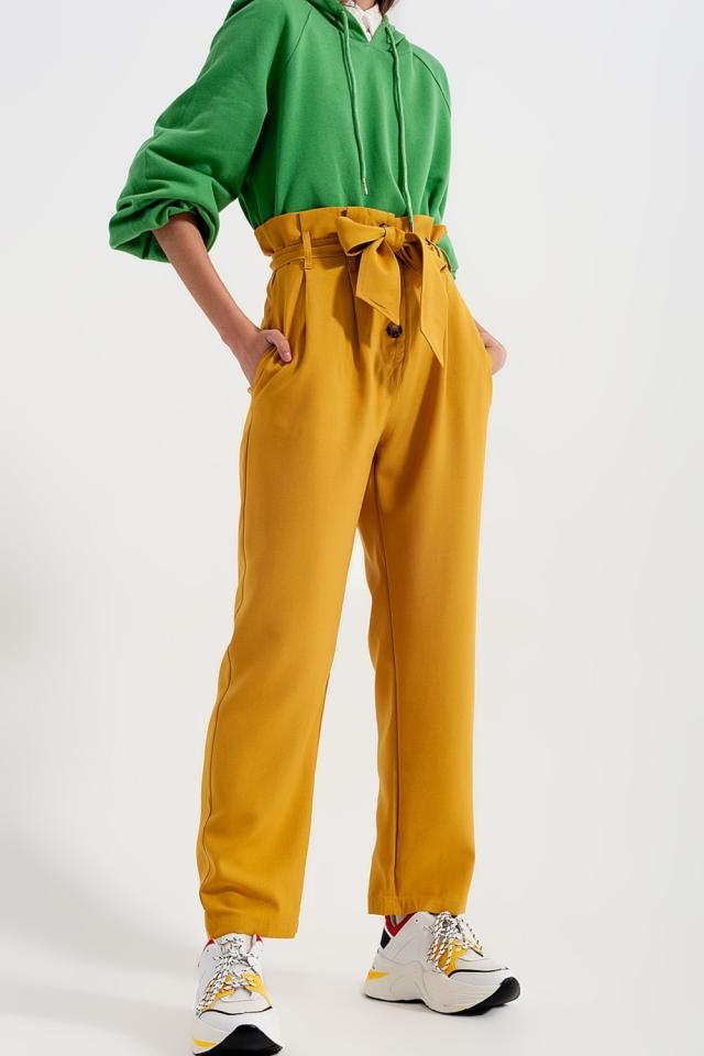 Pantalon taille haute froncée avec ceinture Jaune