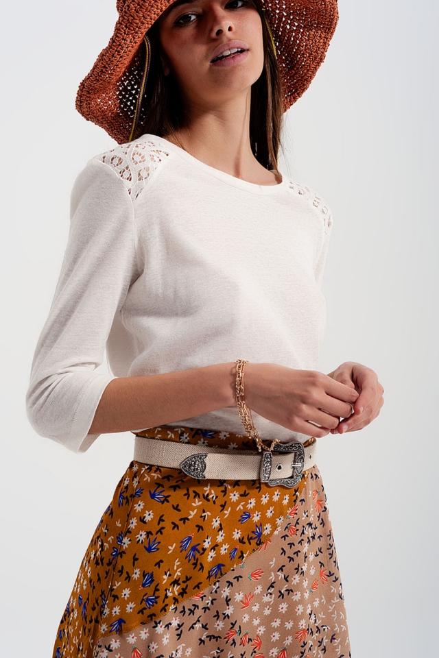 T-shirt blanc uni à manches 3/4 à empiècements au crochet