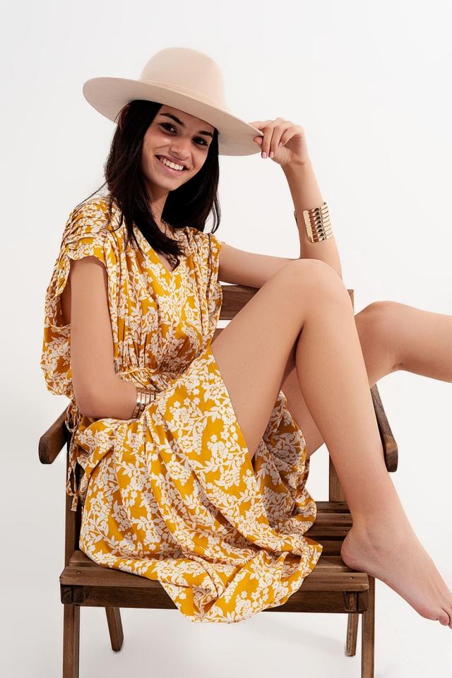 Robe longue en imprimé floral jaune