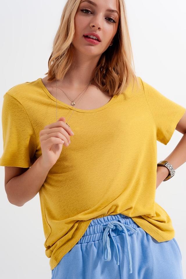 T-shirt à encolure dégagée en lin mélangé jaune