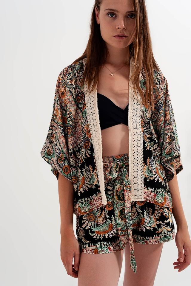 Kimono en satin à bordures en dentelle Noir