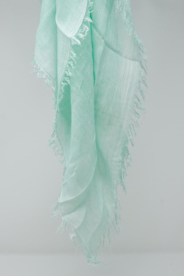 Echarpe légère rectangulaire en turquoise