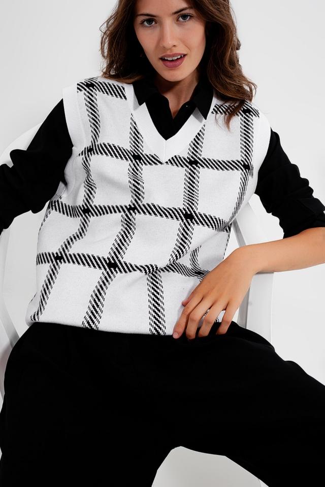 Veste en tricot avec de grandes hachures croisées
